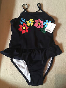 BRAND NEW Gymboree bathing suit and matching rash guard