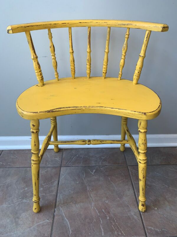 Small Antique 19th Century English Yellow Chalk Painted Windsor Chair Primitive