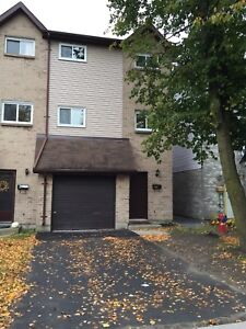 3bdrm townhouse -income property