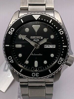 Seiko 5 Sports Mens Automatic Black Dial Stainless-Steel bracelet Watch SRPD55K1