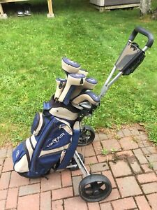 Men's RH and Women's LH golf clubs