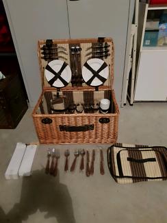 Companion wicker picnic set 4 person
