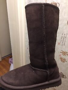 UGGS  TALL  BOOTS  brand new for girls