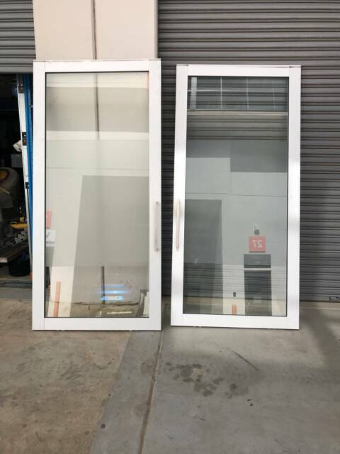 Aluminium sliding doors castle hill