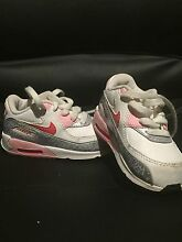 Nikes toddler Kinross Joondalup Area Preview