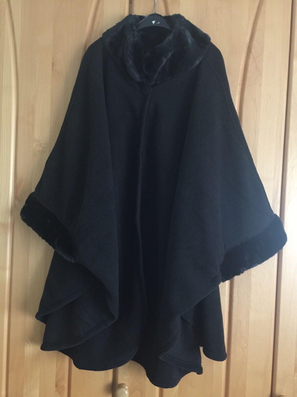 Damen Poncho Cape schwarz one size bis XL