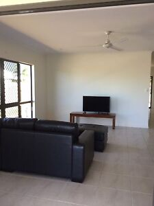 Room 10 mins walk to Smithfield shops Smithfield Cairns City Preview