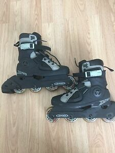 Oxygen rollerblades like new size 6
