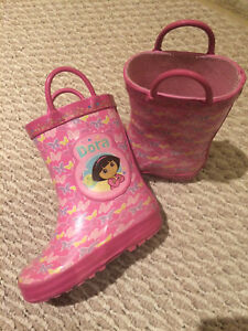 Dora Toddler Size 6 Rainboots