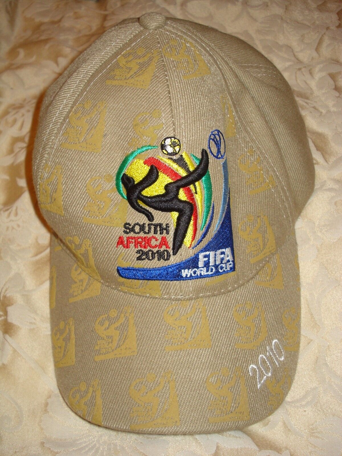 BN FIFA WORLD CUP CAP - SOUTH AFRICA 2010
