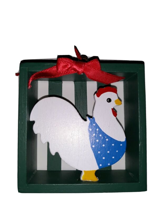 Vintage Rustic Chicken in Crate  Wooden Mini Christmas Tree Ornament Taiwan