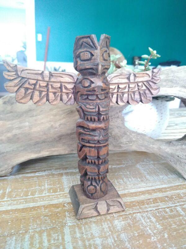 STACEY RAUB OLD VINTAGE HAND CARVED ALASKA CANADA INDIAN WOOD TOTEM SIGNED