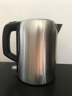 1.7L Stainless Steel Kettle - Silver