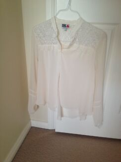 River Island Size 12 Victorian Crochet/Lace Chiffon Cream Blouse Ryde Ryde Area Preview