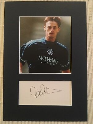 David Robertson (Glasgow Rangers) Signed 12x8 Photo Mount
