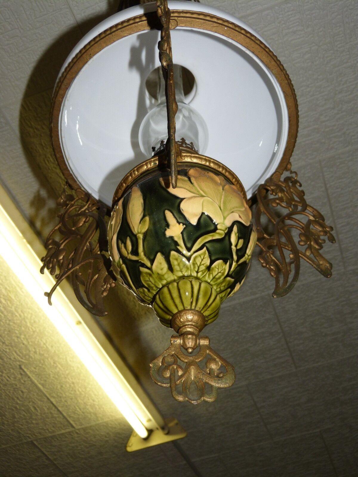gro e jugendstil petroleum lampe deckenlampe mit majolika und glasschirm um 1900 eur 845 00. Black Bedroom Furniture Sets. Home Design Ideas