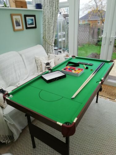 5ft Snooker/Pool collapsible table. Pot Black, All accessories. Only used twice.