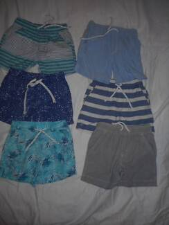 Sz 3 boys shorts daycare pack GUC
