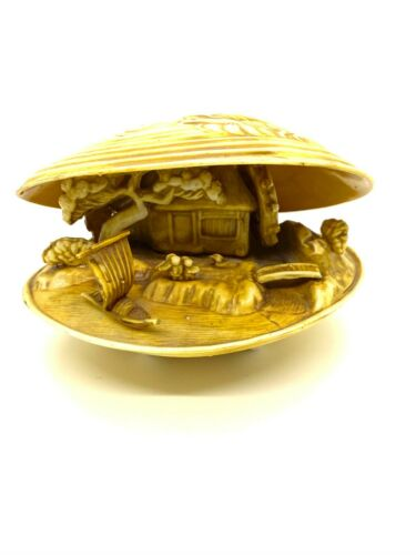 VTG Japan Plastic Clam Shell Diorama with Dragon Moving Waterwheel