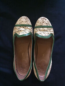 Lovely size 9 flats, made in Italy