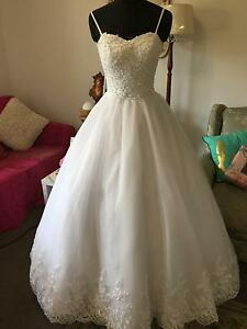 DEB ,Debutante, Wedding White /Ivory Dresse Bayswater North Maroondah Area Preview