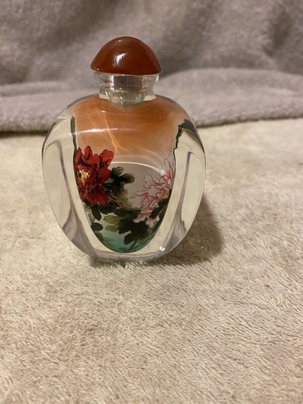 Japanse snuff bottle inside painted