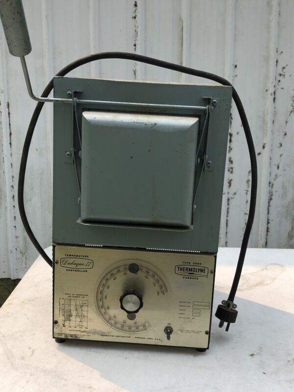 Thermolyne Type 2000 Lab Muffle Furnace 100 - 2150 Ferenheit