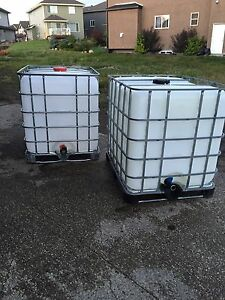 1000 L / CLEAN WATER TANKS !!!