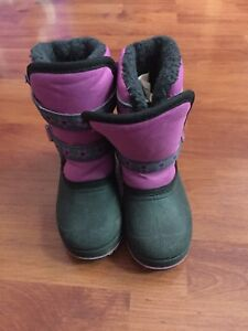 Girls Winter boots size 10 Toddler