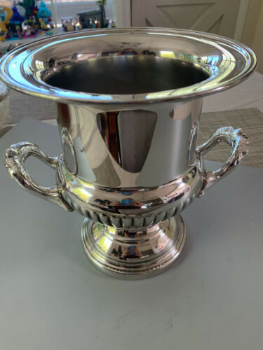 Silver Plate Champagne Wine Cooler Ice Bucket - VINTAGE!  Never been used.