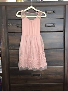 Perfect ! Pink Lace Girl Dress 5-7 years