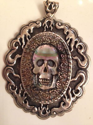 UNISEX LARGE STERLING & BLK TAHITIAN MOTHER OF PEARL SKULL PENDANT 1 OF A KIND ()