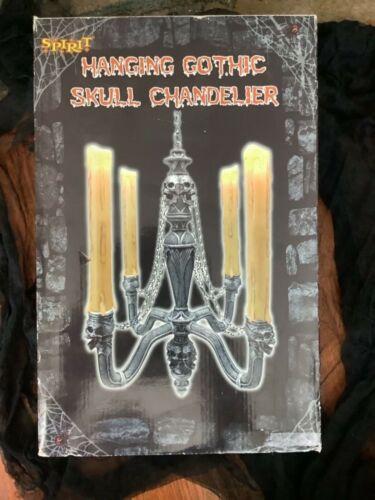 SPIRIT HALLOWEEN Hanging Gothic Skull Chandelier