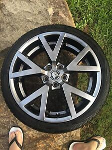 Ve gts rims commodore ss calais clubsport Windsor Downs Hawkesbury Area Preview
