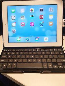 iPad 2 cellular/wifi 32gig New Farm Brisbane North East Preview