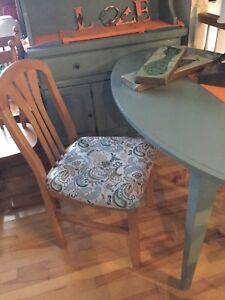 Oval soft jade desk
