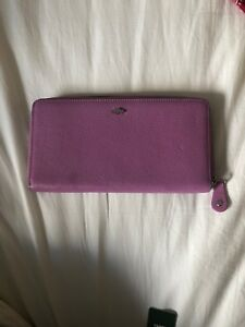 Roots wallet brand new