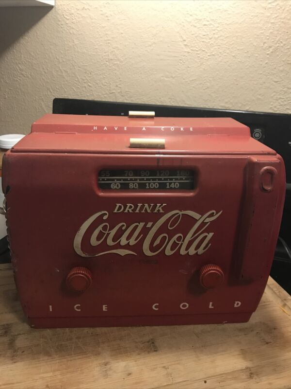 1949 antique Coca-Cola tube radio This is the original