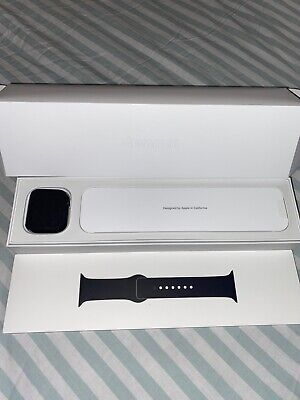 Apple Watch Series 5 44mm Space Gray Case Black Band