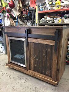 porte de grange achetez ou vendez des biens billets ou gadgets technos dans grand montr al. Black Bedroom Furniture Sets. Home Design Ideas
