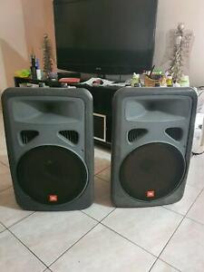 Speaker JBL and mixer