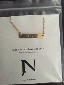 Hook & Nona Necklace Brand New