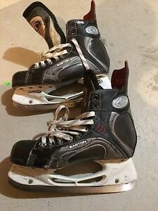 Easton Synergy 900 Skates - 9.5
