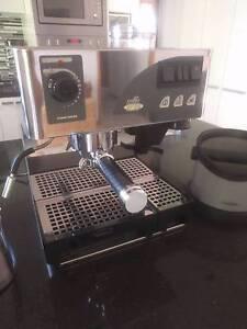 Nemox Caffe Dell'opera Coffee Machine Cameron Park Lake Macquarie Area Preview