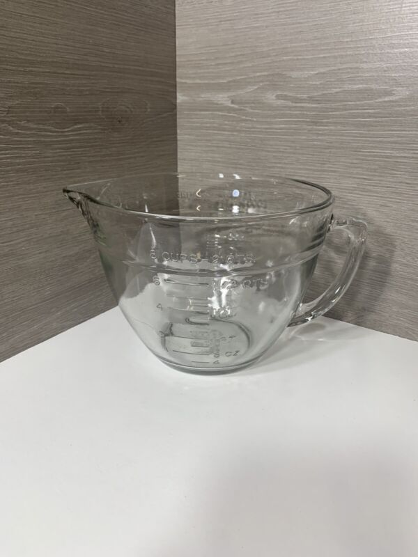 Vintage Anchor Hocking 2-Qts/Liters 8 Cup Baking Mixing Measuring Glass Bowl