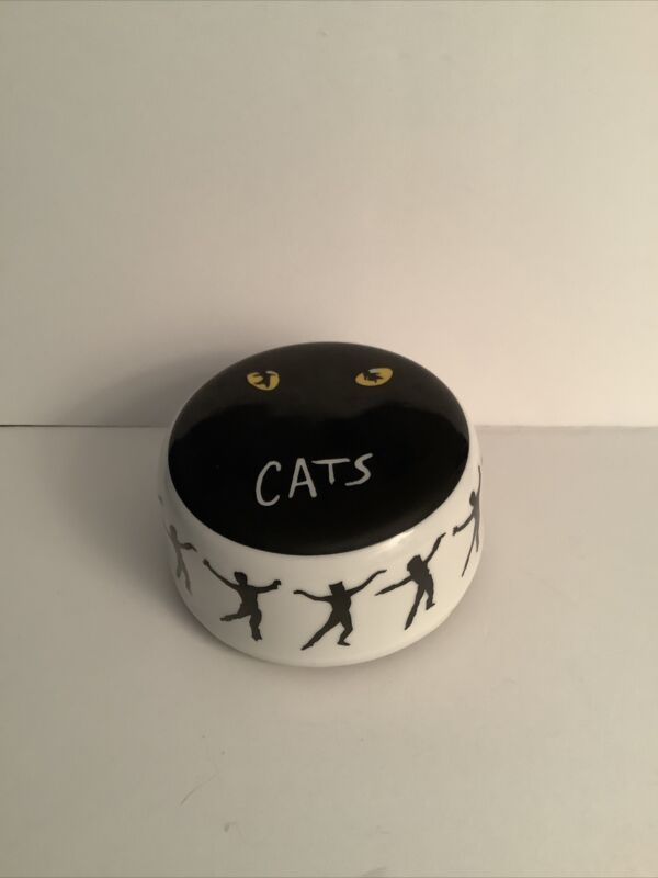 """Andrew Lloyd Webber's Cats on Broadway """"Memory"""" Music Box by Roman VINTAGE"""
