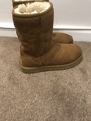Classic Short Ugg Boots Chestnut Size 5.5 Nearly New! for sale  Edgware