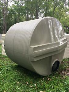 8000L poly rainwater tank