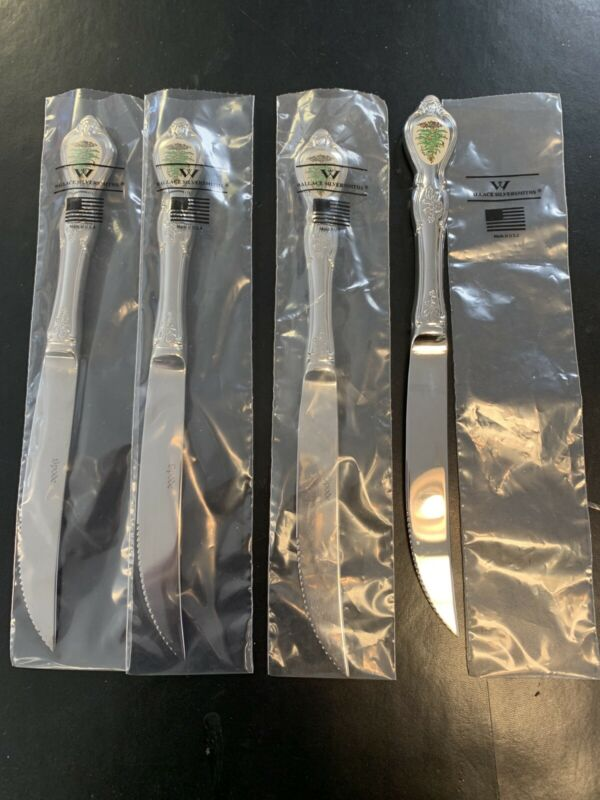 Spode Christmas Tree Set/4 Steak Knives Wallace 18/10 NEW- Auth. Dealer Inv.