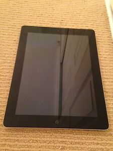 Black iPad 4, 32GB, Wi-Fi Deakin South Canberra Preview